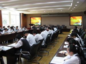 吴淞中学举行2013届中国特色社会主义理论培训班开班仪式